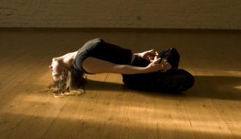 Матсиасана (Поза Рыбы) в йоге: техника, значение и польза