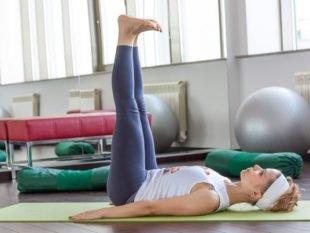 Урдхва Прасарита Падасана в йоге: техника, значение и польза