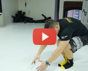 Видео: как научиться приседать на одной ноге