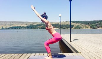 Уткатасана (Поза стула) в йоге: техника, значение и польза