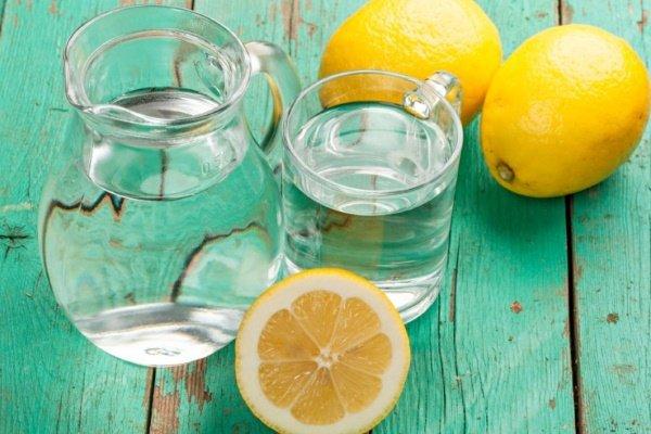 Вода и лимоны