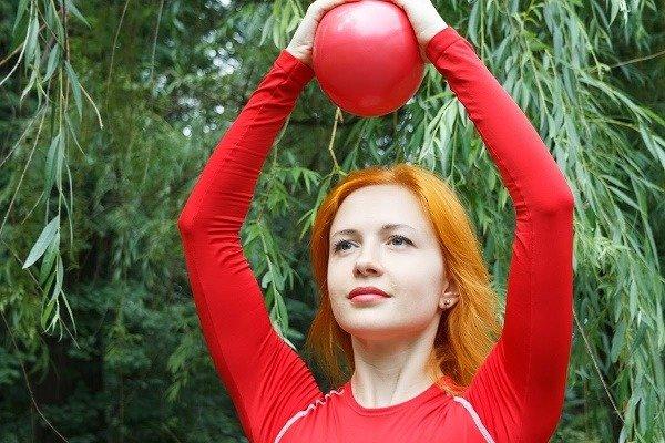 Сжимание мяча